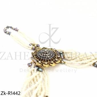 Hand woven pearls angla