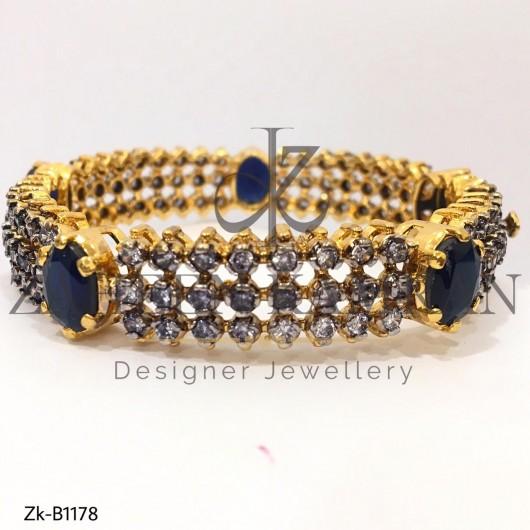 22K Gold Bangle Studded with Smoke Zircon & Sapphire