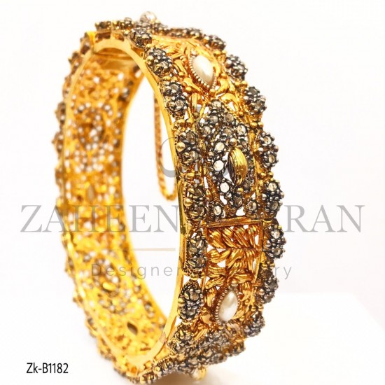 Antique Design Goldplated Traditional Pearl Bangle Buy Online In