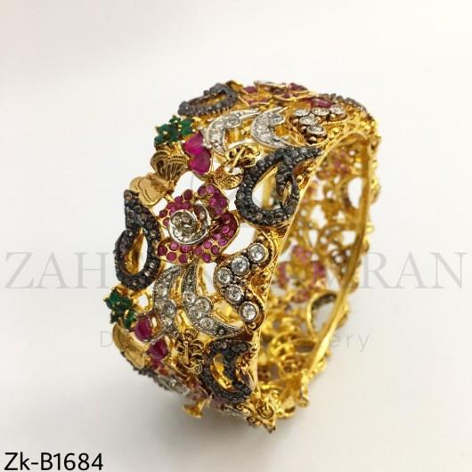 3d Gold bangle