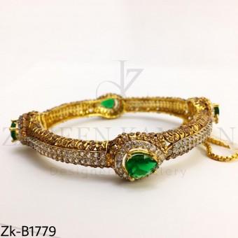 Emerald Zirconian bangle
