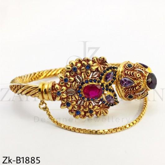 Twisted  multi bangles