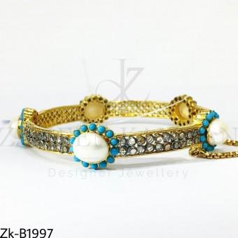 Feroza sleek bangle