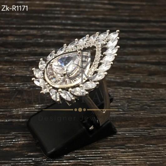 Classic Zircons Ring