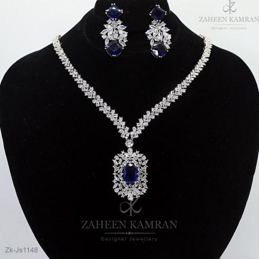 Spectacular Necklace Set