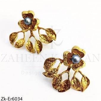 Floral leaflets earrings
