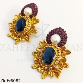 Sapphire golden earrings
