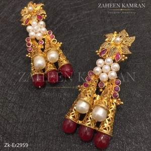 Statement Chic Earrings!