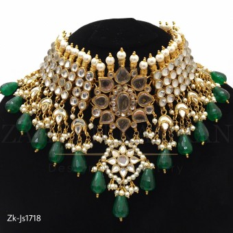 Kundan Floral Necklace Set
