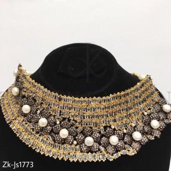 Special Necklace Set