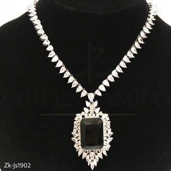 Pear Crystal  Stunning Necklace Set