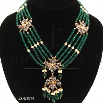 5 Layer Attractive Emerald Necklace Set