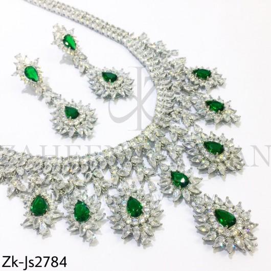 Zirconian emerald set