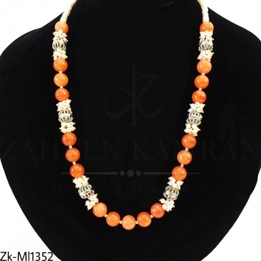 Orange sandstone string