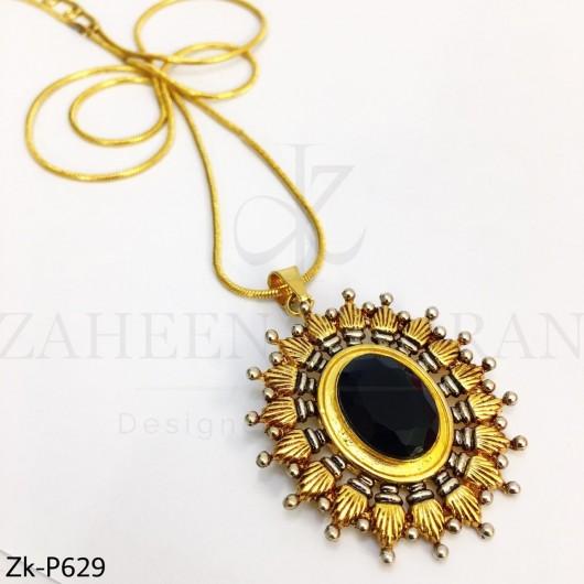 Agate golden pendant
