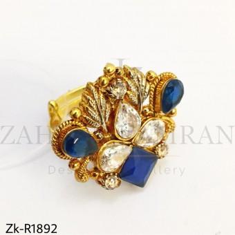 Sapphire antique ring