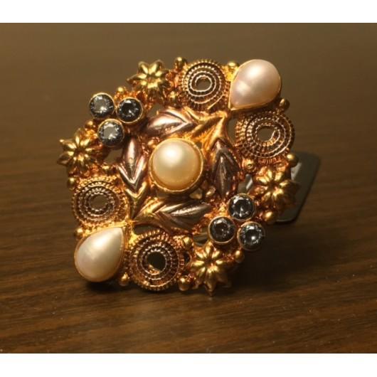 Pearl Ring!