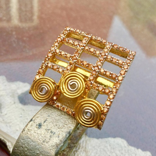 Champagne Square Ring!