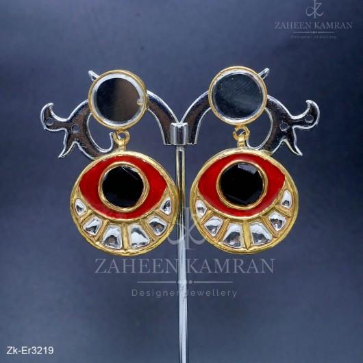 Alluring Meena Style