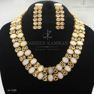 Kind of Kundan Art