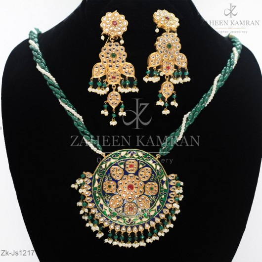 Meena Fabricated Pendant Set