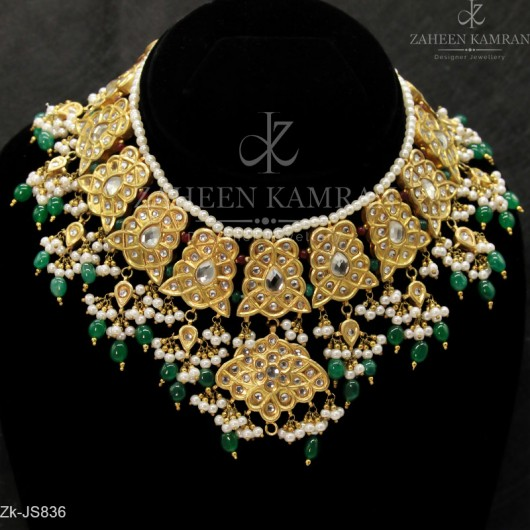 Delighting Necklace Set