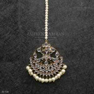 Elegant Kundan Bindia