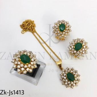 Emerald pendant set